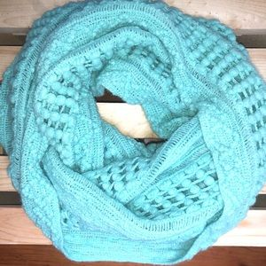 FRANCESCA'S COLLECTION|MINT KNIT INFINITY SCARF|OS